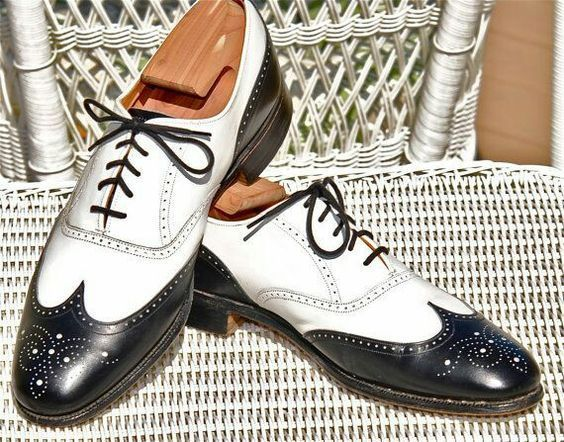 Handmade Men's Black and White Wing Tip Brogues Style Lace Up Dress/Formal O