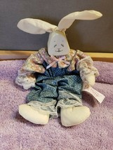 T.L. Toys Wood White Rabbit in Primitive Clothing Shelf Sitter 1994 FS - $9.90