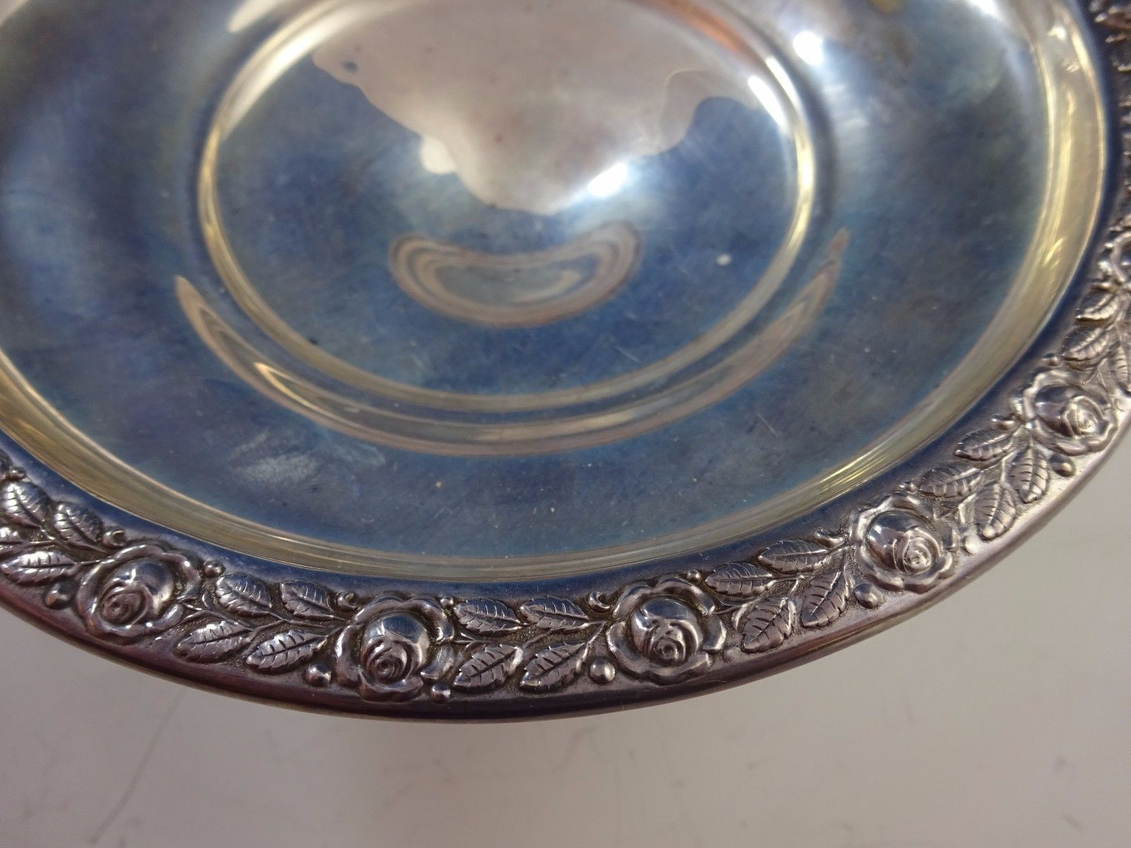 Fancy Vintage Sterling Silver Bowl w/ Pedals & Handles w/ Floral Edge