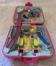 1989 Vintage Polly Pocket Polly's Fun Fair Pink Compact W/1 Figure - $19.79