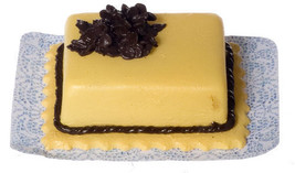 DOLLHOUSE MINIATURE 1 PC CAKE #WA3676 - $4.46