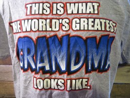 This Is What The World's Greatest GRANDMA Looks Like T-Shirt Size M - $8.90