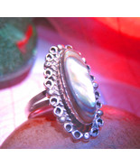 Haunted_ring_spell_cast_jewelry_thumbtall