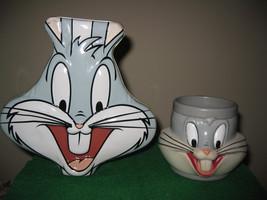 Bugs Bunny Plastic Cup/Mug and Tin 1992 Warner Bros Looney Tunes Children's - $14.85