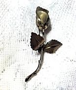 Famous Giovanni Textured Christmas Rose Pin Brooch Hallmark Signature on Leaf - £15.70 GBP