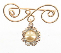 VINTAGE 1940'S SWEET SCROLLED GOLD TONE PEARL RHINESTONE DROP PIN - $48.59