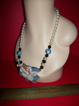 Fashion Treasure Women Jewelry Pastel Blue Flower Pendant Strand Bead Necklace - $9.49
