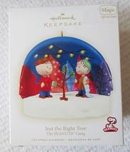 Hallmark Peanuts Gang Just The Right Tree w/Light & Sound 2009 Ornament - $29.95