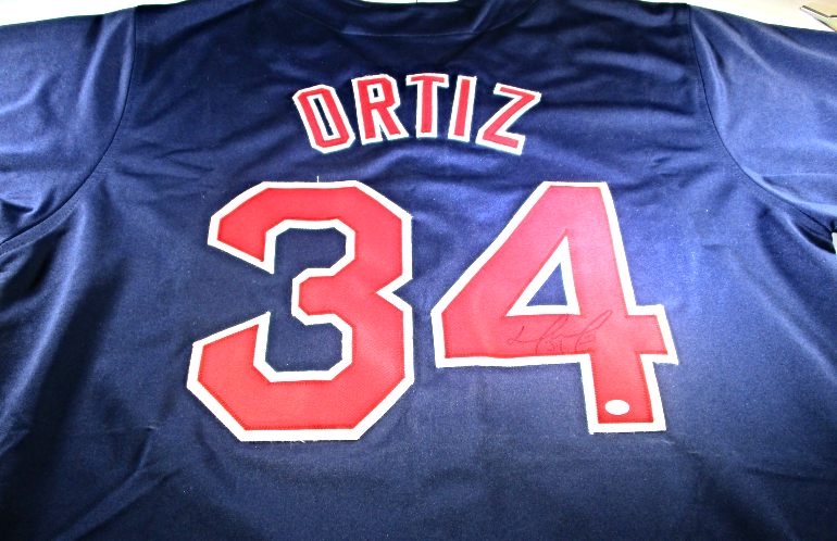 brand new 4c01d 923f4 DAVID ORTIZ - BOSTON RED SOX - HAND SIGNED RED SOX CUSTOM BASEBALL JERSEY -  COA