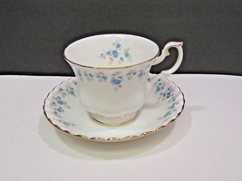 Royal Albert Memory Lane Tea Cup Saucer - $19.80