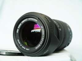 Canon DSLR SIGMA Hyperzoom 28-200mm 1:3.5-5.6 MACRO Aspherical IF Lens + Hood - $80.00