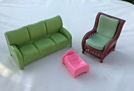 Disney Hannah Montana Beach House Green Sofa Couch Lounge Chair Doll Bed... - $34.99