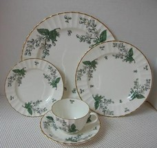 Valencia Royal Worcester 5 Pc Place Setting (S) China England Green Leaf Rw Val - $38.79