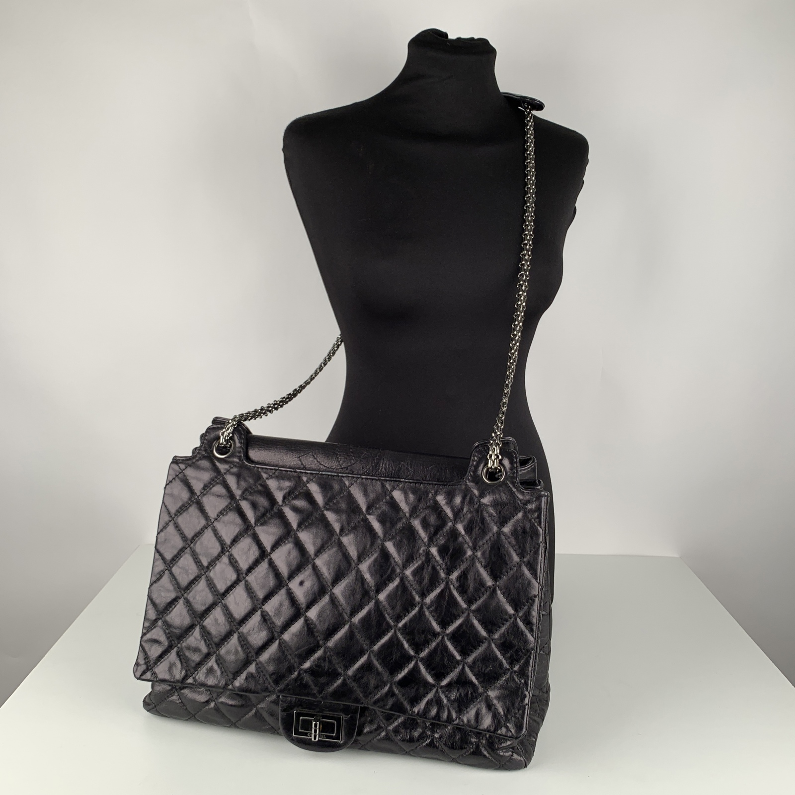 Authentic Chanel Black Quilted Leather Large Reissue 2.55 Accordion Flap Bag image 2