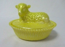 Boyd Art Glass Sunglow Lamb On Nest Covered Candy Dish B In Diamond - $28.99