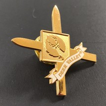 DEER VALLEY UTAH Lapel Pin Souvenir Ski Skiing Resort  - $9.99
