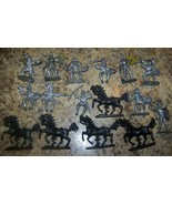 16pc LOT VINTAGE KING ARTHUR WEST GERMAN KNIGHT HORSE SOLDIER TOY PARTS - $24.74