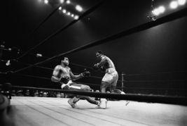 Muhammad Ali Joe Frazier 1971 NYC TKK Vintage 8X10 BW Boxing Memorabilia... - $6.99