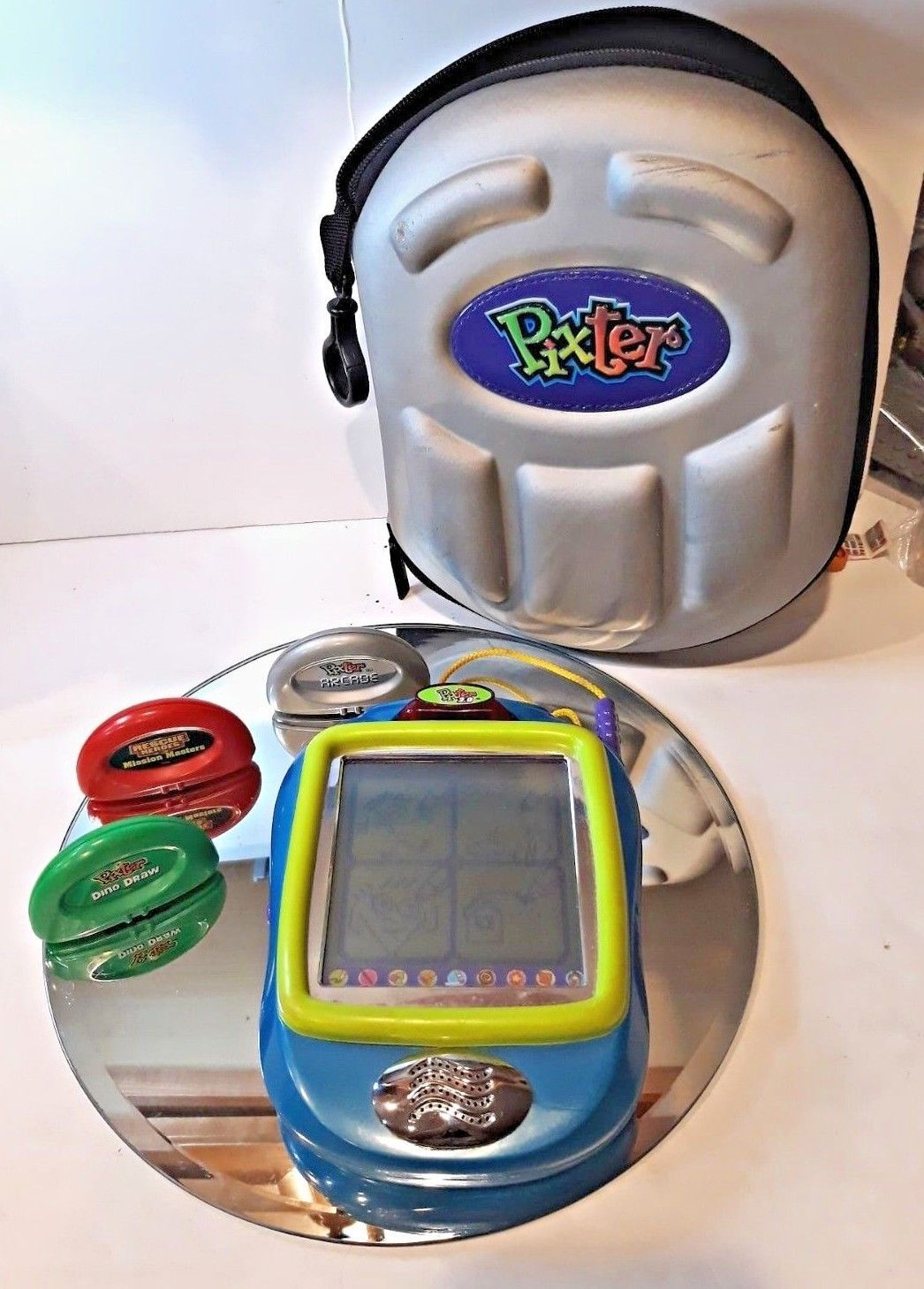 Primary image for Fisher Price Pixter black and white Hand held educational learning toy Mattel
