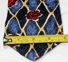 Classic Geoffrey Beene 100% Silk Men's Necktie Blues/golds/reds image 2