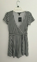 Forever 21 Black Plaid Romper sz Medium New NWT - $11.87