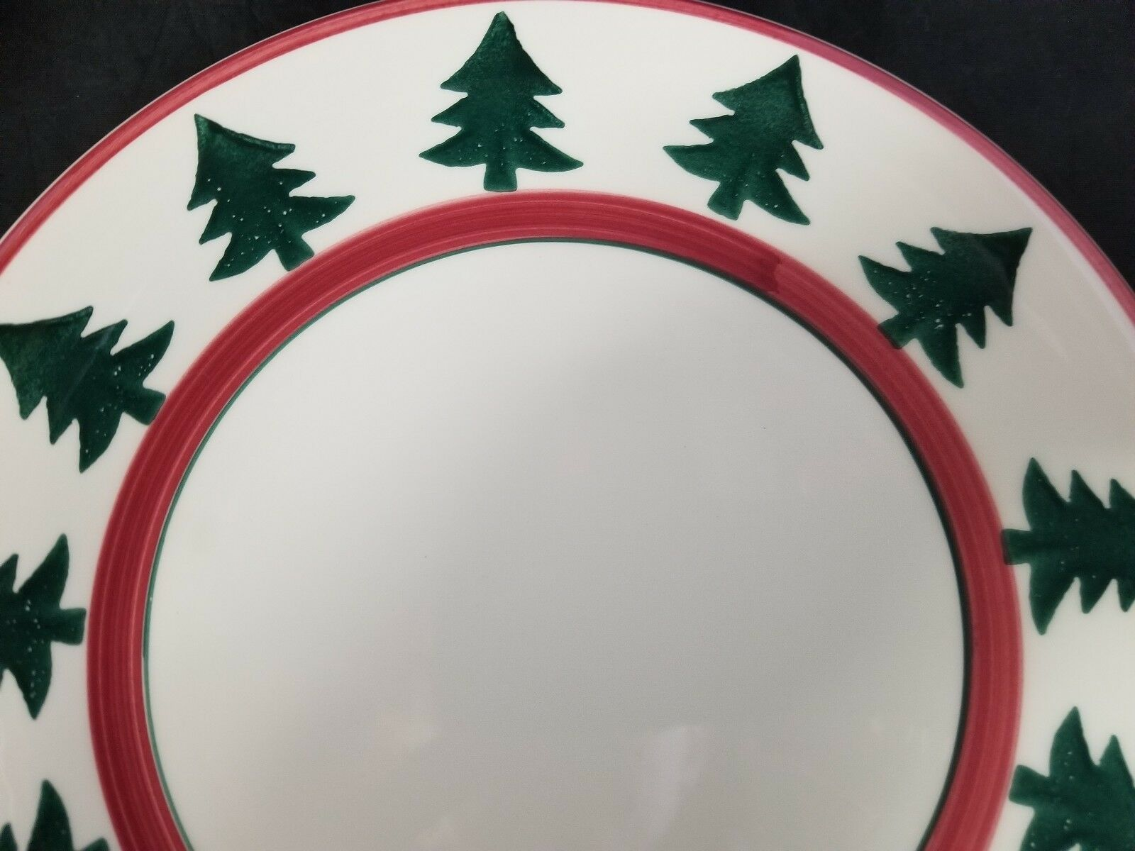 "Pier 1 Christmas Tree Dinner Plates Set of 2 Made in Italy 9.75"" White Red Trim image 9"
