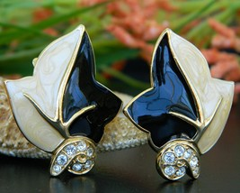 Vintage Trifari TM Leaf Earrings Black Cream Enamel Rhinestones Clip - $24.95