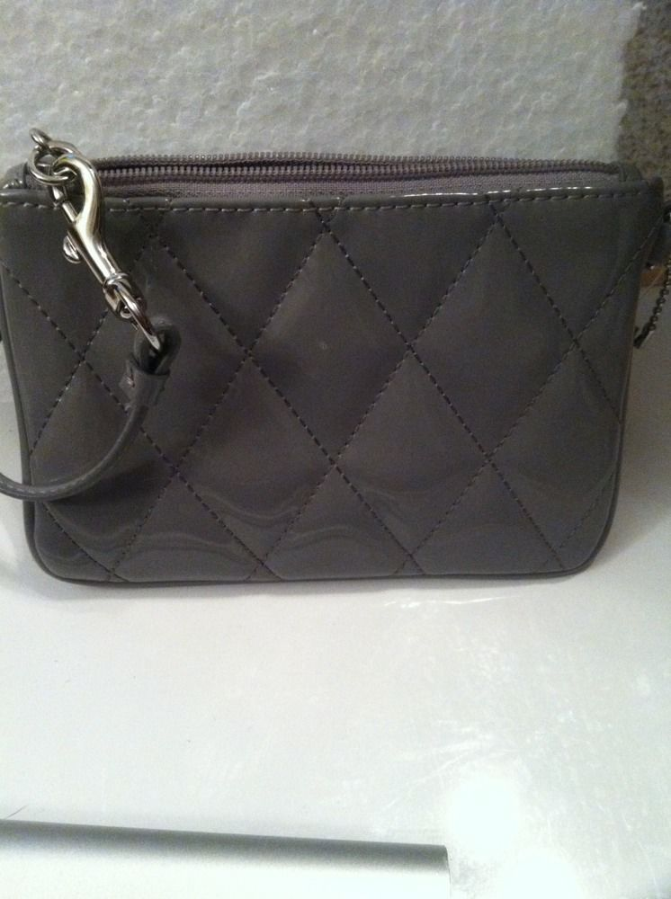 NWOT Coach Poppy Grey Patent Leather Gloss Small Wristlet Wallet Purse 46576 image 3