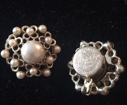 Vintage Coro Magi-Clip Manetic Faux Pearl Earrings Goldtone Rare - $35.75