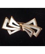 Vintage Crown Trifari White Enamel Stylized Bow Pin Brooch Goldtone - $19.30