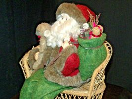 Christmas Santa Sitting on a Wicker Bench AA-191920 Collectible image 8