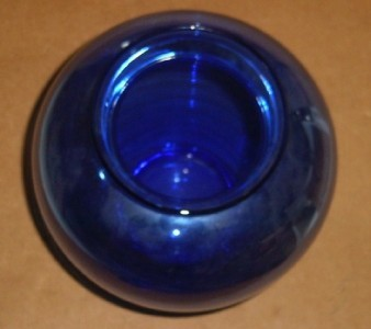 BLUE COBALT HAND BLOWN BULBOUS GLASS VASE MADE IN ITALY