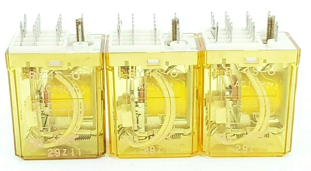 LOT OF 3 IDEC RY4S-U AC120V RELAYS RY4S-U-AC120V