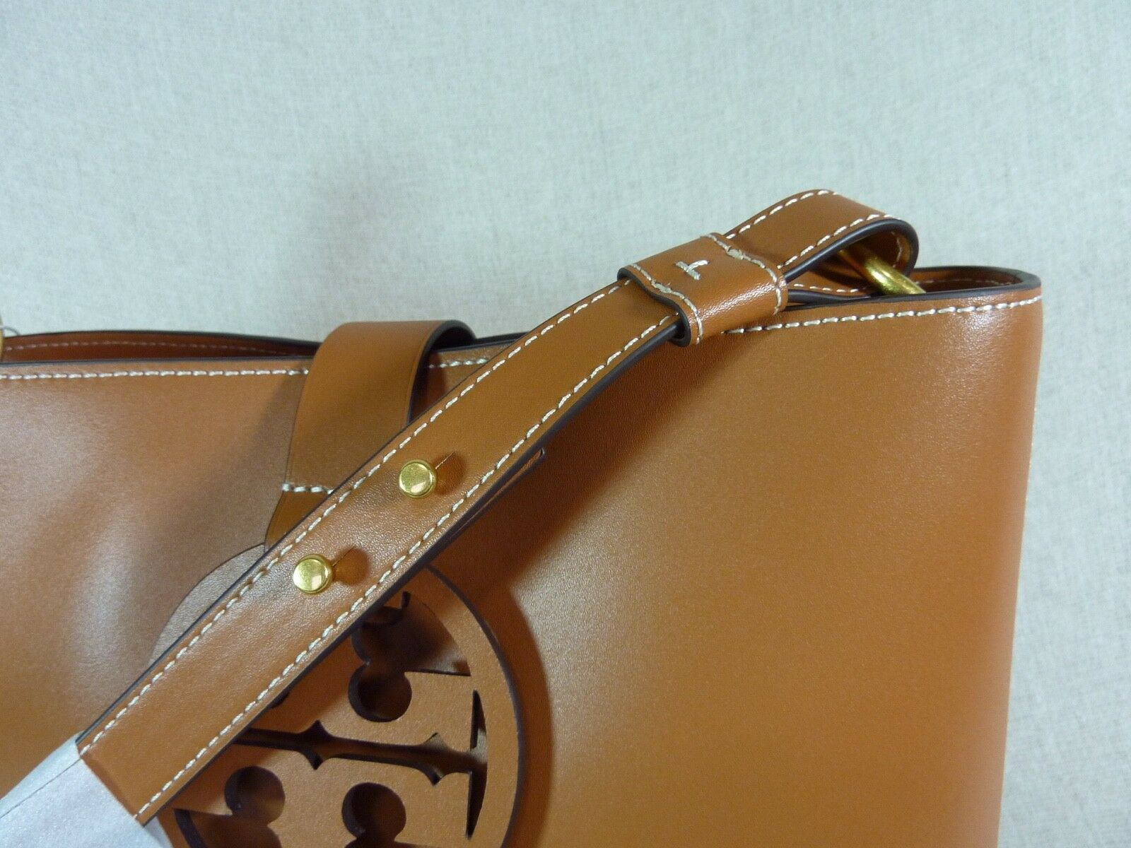 NWT Tory Burch Aged Camello Miller Hobo/Shoulder Tote $458 - Minor Imperfection image 9