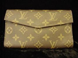 Authentic Louis Vuitton French USA Wallet Bag Coin Purse - $275.00