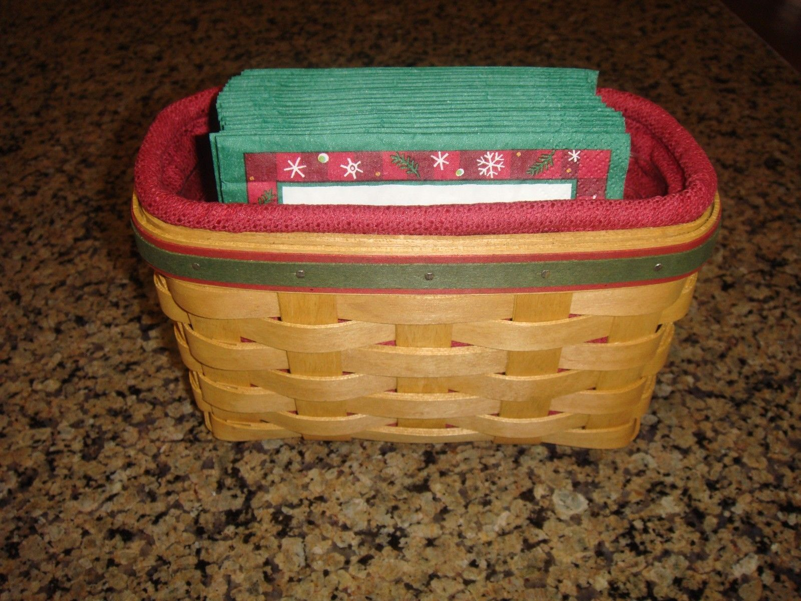 Primary image for Longaberger 2004 Holiday Helper Basket With Liner Protector And Napkins