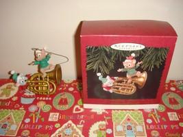 Hallmark 1996 A Little Song And Dance Ornament - $10.99