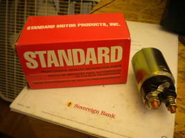 Standard Motor Products SS364 Solenoide v13218 Focus 091769210847 Contou... - $19.80