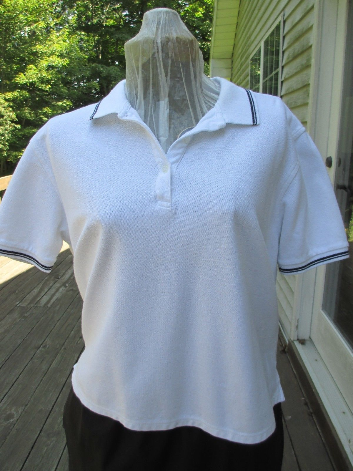 Karen Scott White Top with Navy Trim on Sleeves and Collar Label reads : Karen S