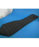 Bill Blass Black Label Imported Silk Neck Tie Black & Gray - $5.30