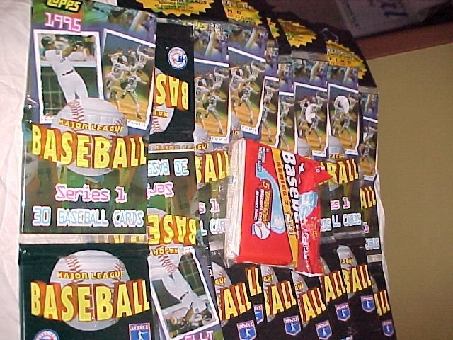 10 - 1993 - 1995 baseball wax packs lot