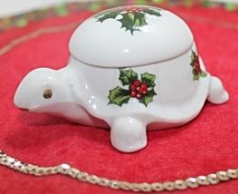 Vintage Lefton Handpainted Christmas Holly Turtle Trinket Box - $9.99