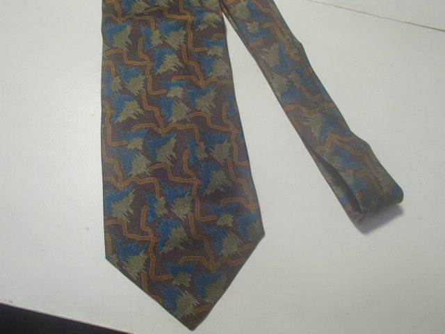 Primary image for GIORGIO ARMANI 100% PURE SILK TIE~~~CRAVATTE ITALY