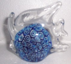 GLASS ART MILLEFIORI DESIGNED BLUE GLASS FISH - $64.94