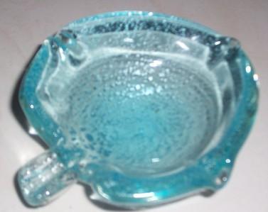 GLASS ART MURANO SPECKLE BLUE HANDBLOWN ASHTRAY DISPLAY