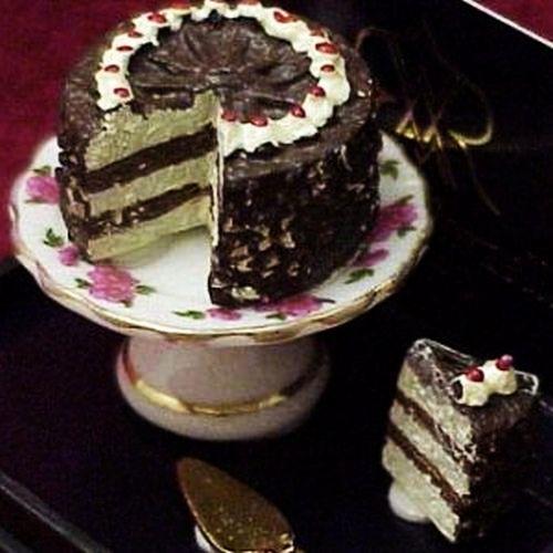 DOLLHOUSE Black Forest Cake Set 1.663/8 Reutter Lisa Pattern Miniature