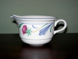 Lenox Poppies On Blue Creamer ~ Chinastone ~ Usa ~ Discontinued - $9.99