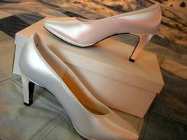 Size 6M  Satin Dyeables ~ NOS ~ Stylish Platfro... - $19.99