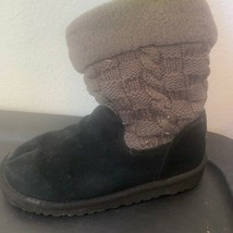 Girls UGGS BLACK WOVEN BOOTS SIZE 3 - $49.49