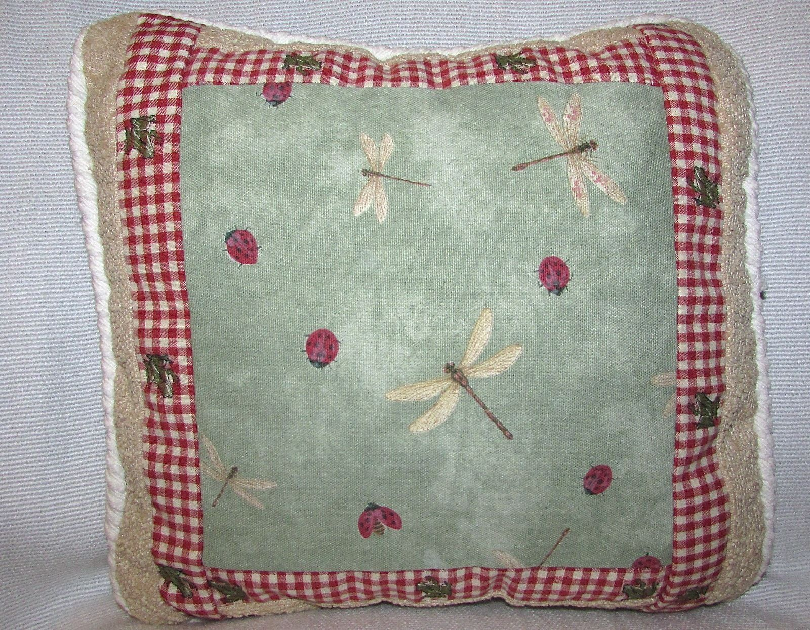 Throw Pillows 12 X 12 : Dragonfly, Lady Bug & Frog Decorative Square Cotton Throw Pillow 12